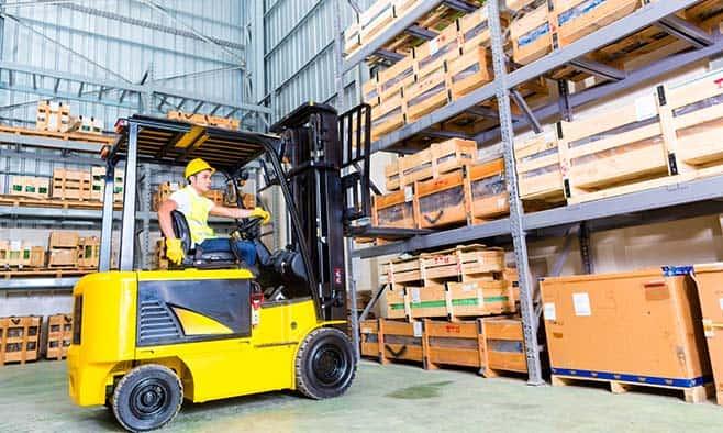 Para realizar un proceso de almacenamiento logístico